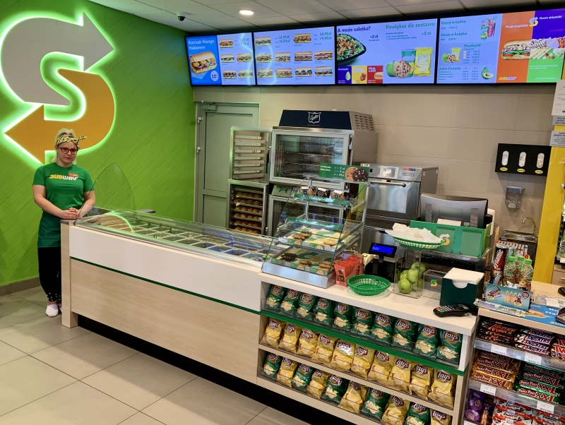 Subway na stacjach Lotos
